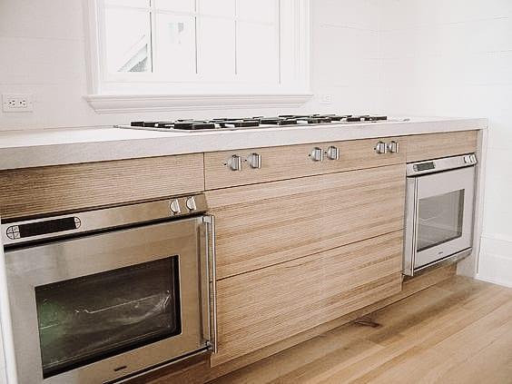 Modern White Oak Kitchen with built in appliances