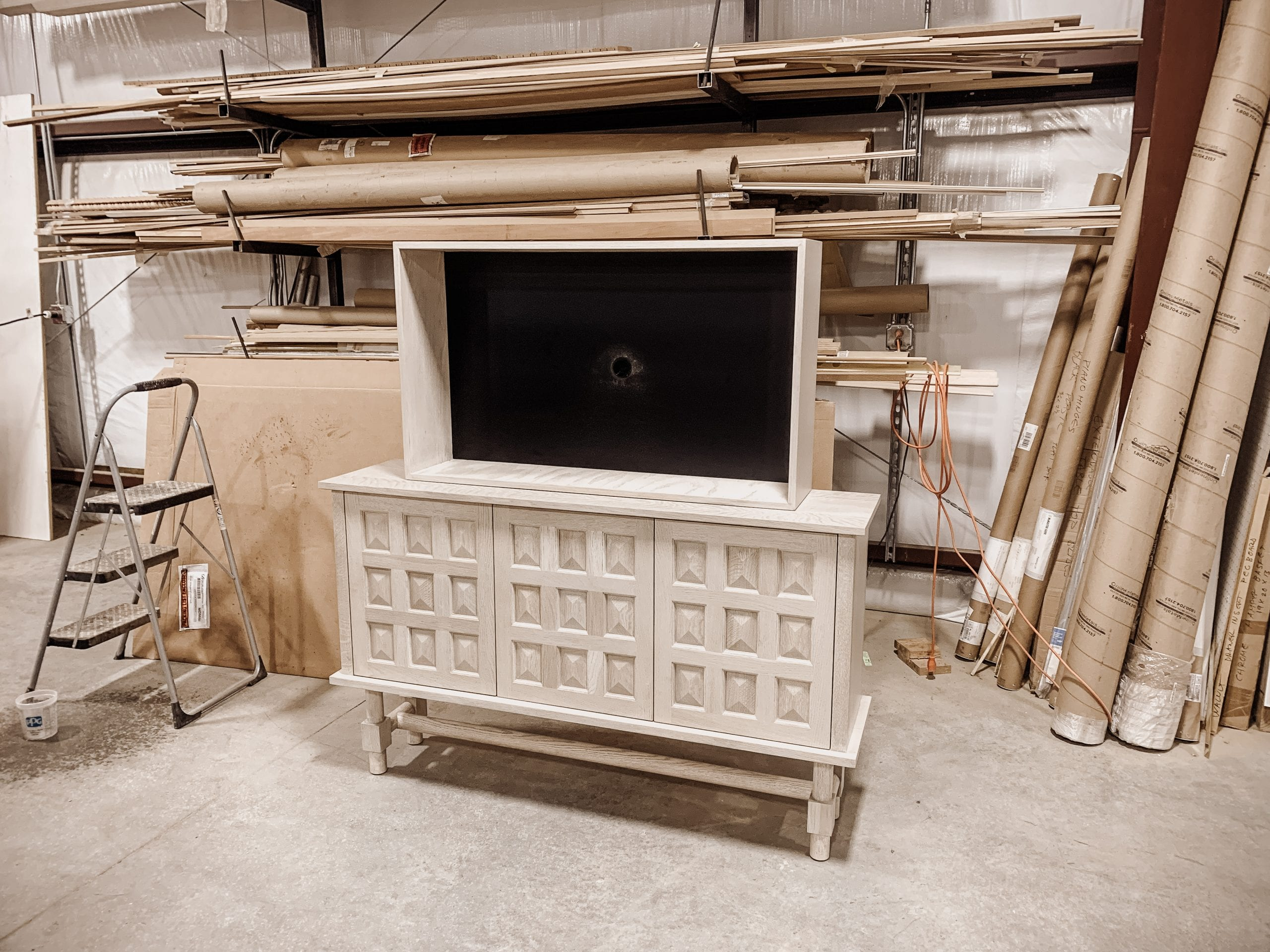 Credenza with pyramid detail