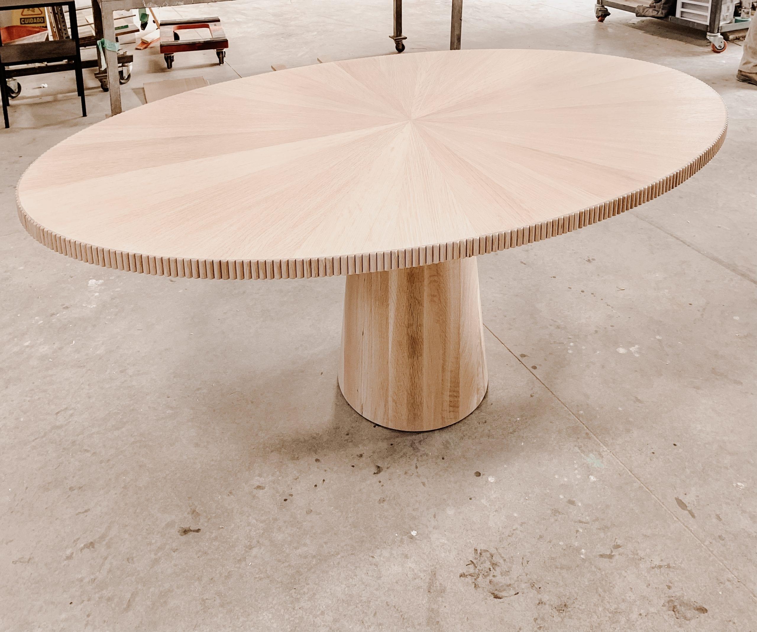 White Oak Radiate Table in Oval Shape