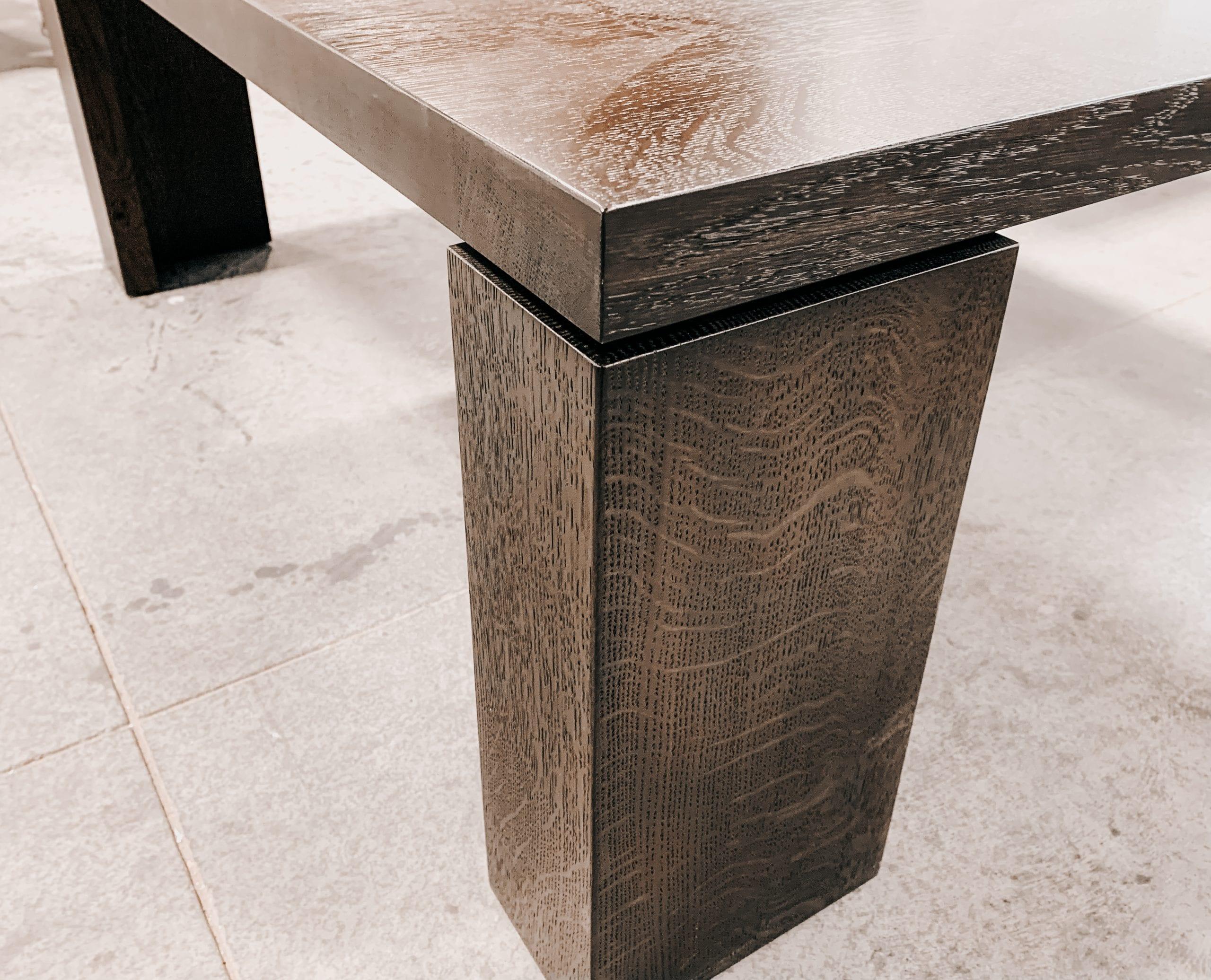 Wood Grain Details on Table Leg