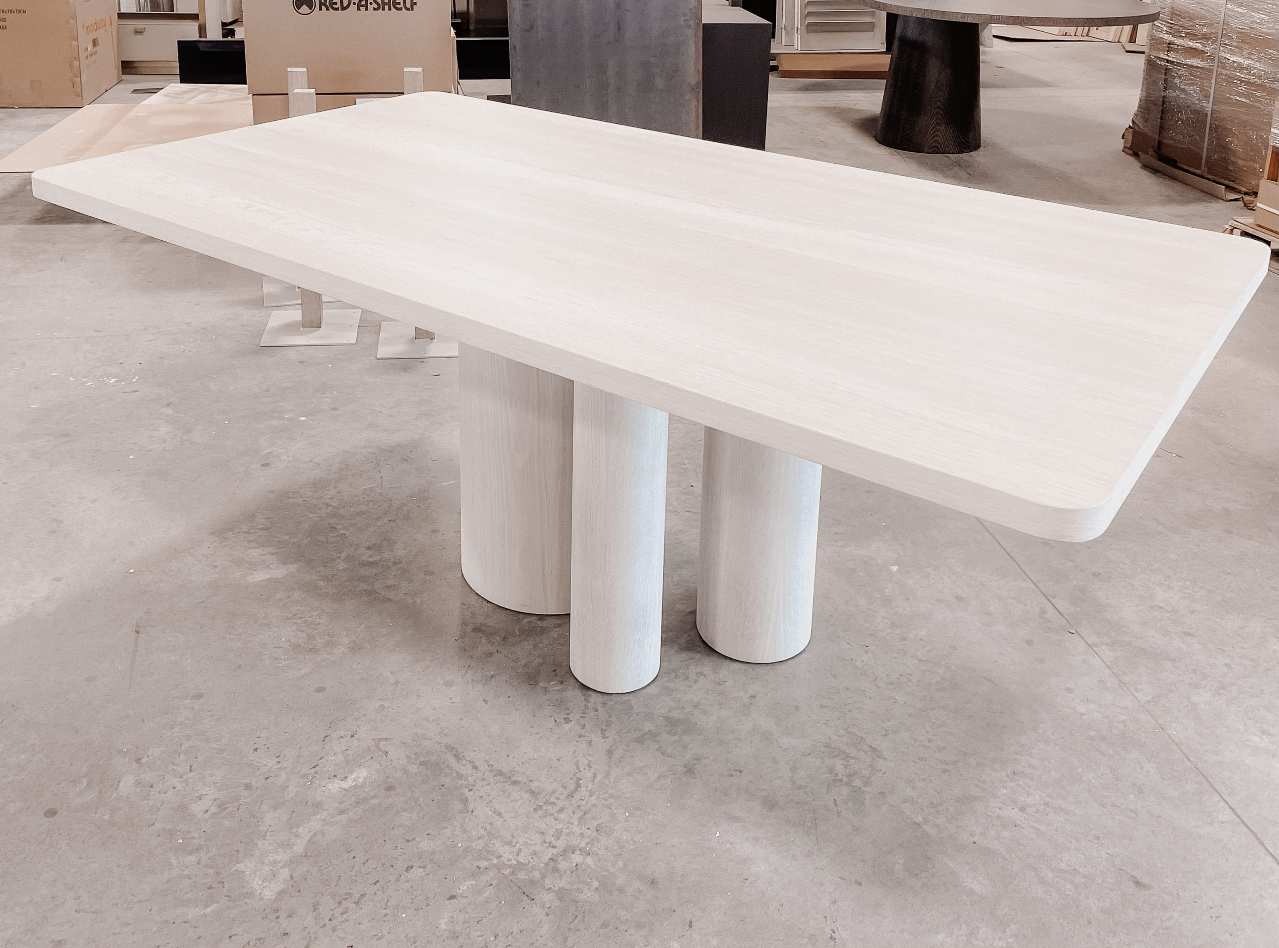 Side view of white oak dining table